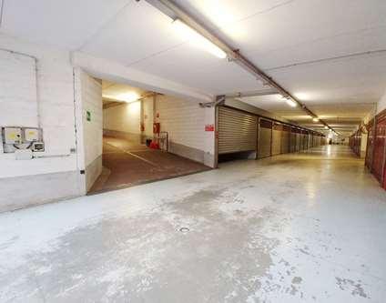 Box / Garage Affitto Genova Via Nino Ronco  Sampierdarena
