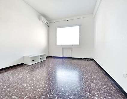 Appartamento Affitto Genova Via Botteri Sampierdarena