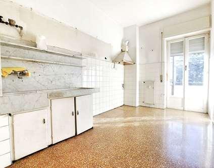 Appartamento Vendita Genova Corso Scassi Sampierdarena